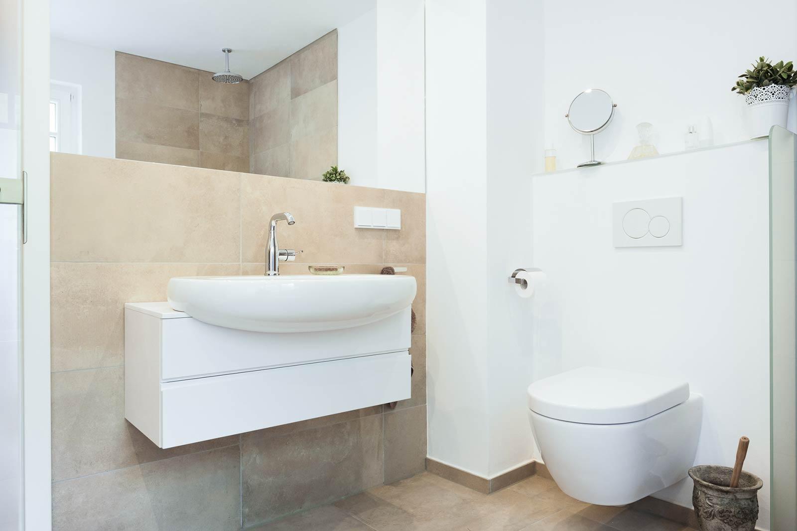 Badezimer sauber